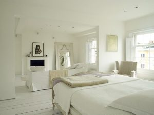 Interior Décor Tips: Decorating with White